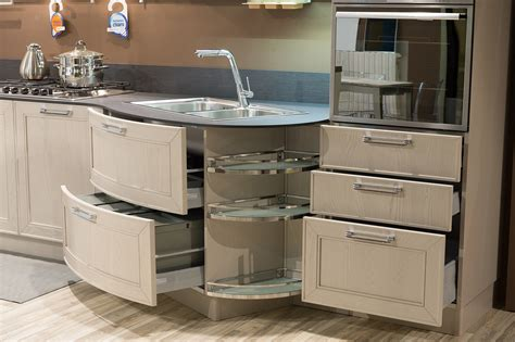 costo cucine stosa stosa cucine cucina maxim classica legno cucine a prezzi