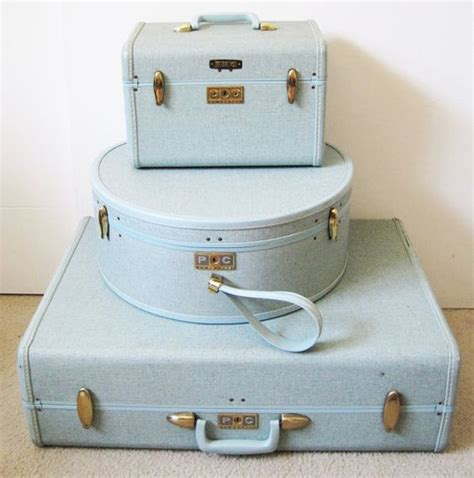 light blue luggage sets light blue 1960 s vintage samsonite luggage set braggin