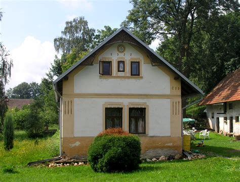 Small Home Images File Bohdaneč Small House Jpg Wikimedia Commons