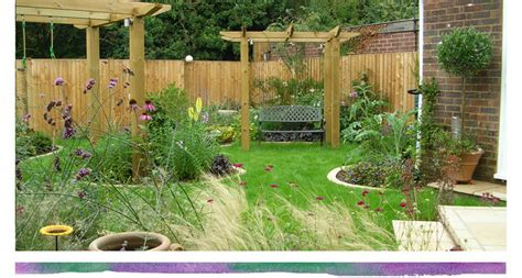 Bed Back Design by Rebecca Webb Garden Designs