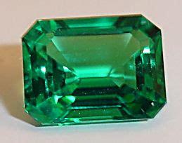 Green Emerald Coloumbia cultured emeralds