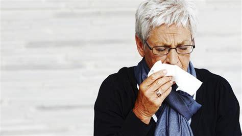 bronchitis wann zum arzt wann muss der husten zum arzt sendungen srf