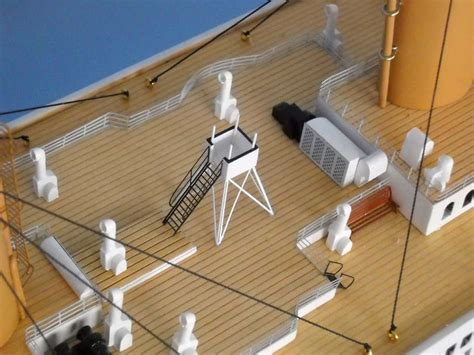 rms titanic model  lights limited edition  assembled