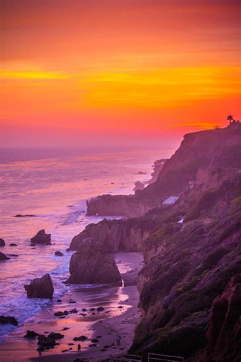 sunset malibu beach california usa faces and places and things colors of a malibu sunset scenic photography pinterest