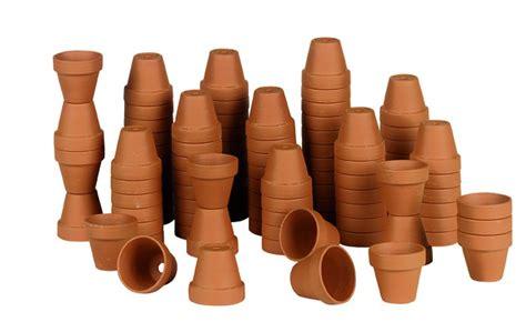 vaso di coccio vasi per piante materiali e tecniche di pulizia