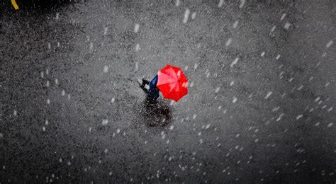 background hujan pada suatu hujan exotichorizons