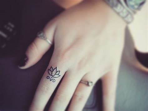 tattoo meaning of lotus flower lotus flowers tattoo meaning