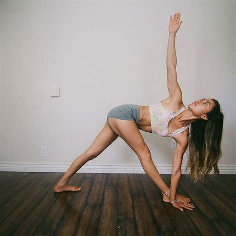 2263054669 le yoga du corps et posture du triangle 20 postures de yoga pour un corps