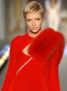 supermodels short hair 9 famous models with short hair short haired beauties