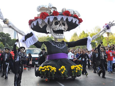 for day of the dead mexico city holds day of the dead parade