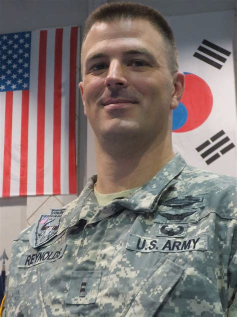What Is A Chief Warrant Officer by File Chief Warrant Officer 2 Derek From Fort