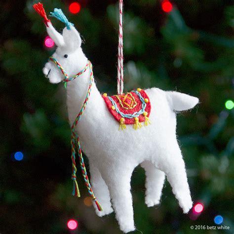 felt llama pattern fa la la la llama ornament pdf pattern