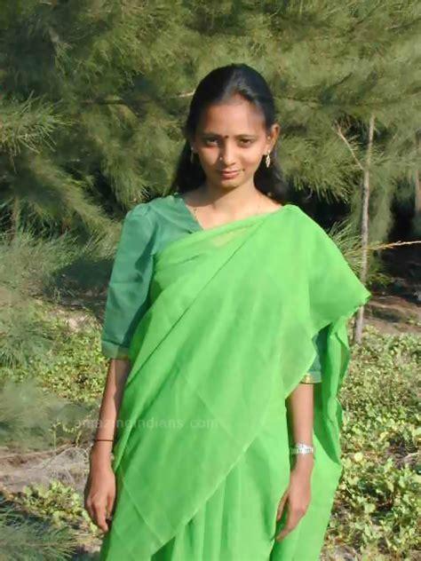 Hany Blouse By Galery Chori bhabhi showing on saree photos real tamil saree
