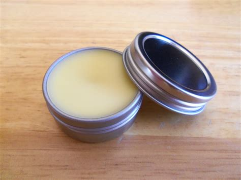 Handmade Lip Balm - diy coconut lip balm