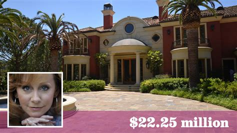 reba mcentire house reba mcentire sells beverly park estate off market for 22 25 million la times