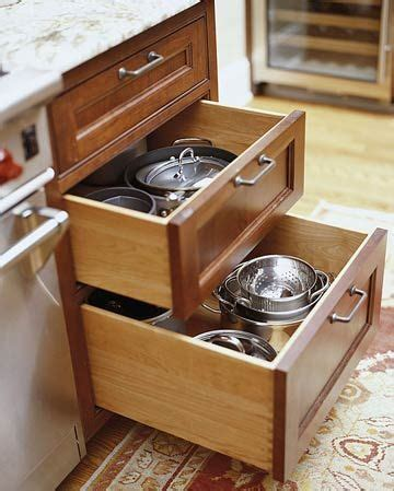 kitchen cabinets drawers 25 best ideas about kitchen drawers on pinterest clever