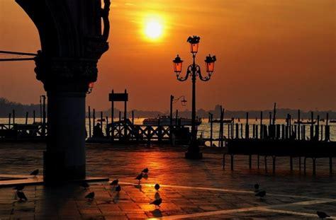 terrazza venezia bari venezia la citt 224 d arte della biennale