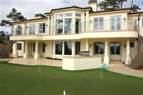 houses on pebble golf course teeing five pebble golf course homes realtor 174
