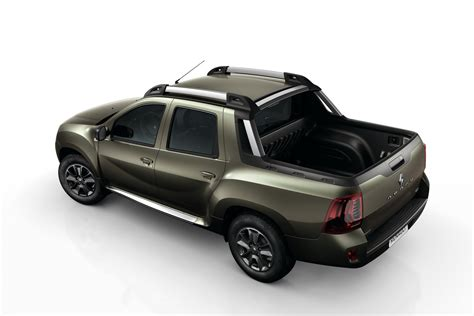 this is renault s new duster oroch small truck