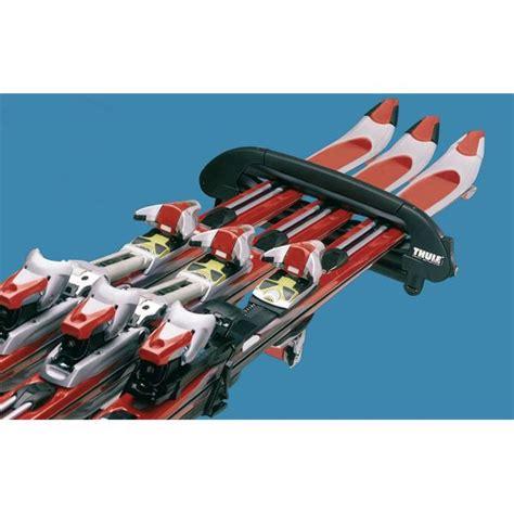 porte skis sur barres de toit snowpro 746 thule feu vert