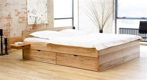 schlafzimmer mit bett 200x200 bett 200x200 ikea inklusive matratze und 2 schubladen im