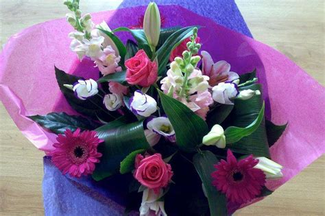 flowers delivery flowers in nanopics uk flowers