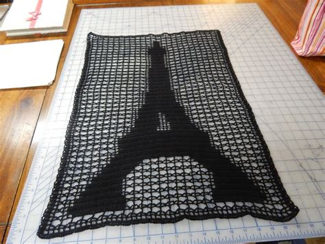 crochet pattern eiffel tower eiffel tower done in filet crochet my own design i