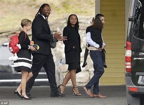 mourners arrive for aaron hernandez s funeral daily mail
