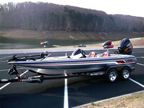 bass fishing with boat the different types of bass fishing boats bass fishing