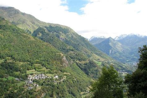 looking across the valley from viscos picture of la