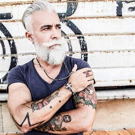 23 seniors that prove tattoos can still look cool on old