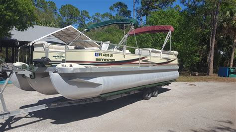 pontoon boats for sale used sun tracker boats pontoon boats for sale