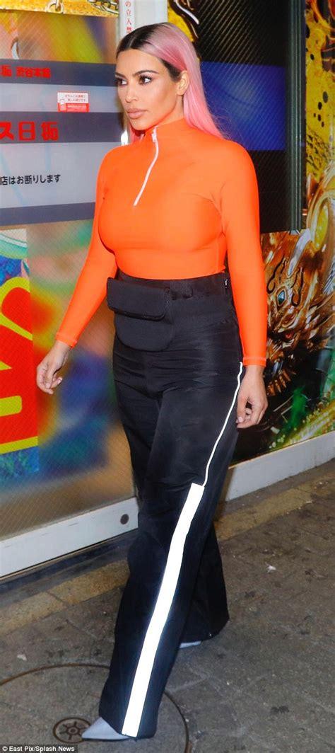 kim kardashian daily mail diet kim kardashian cheats on diet with mcdonald s french fries
