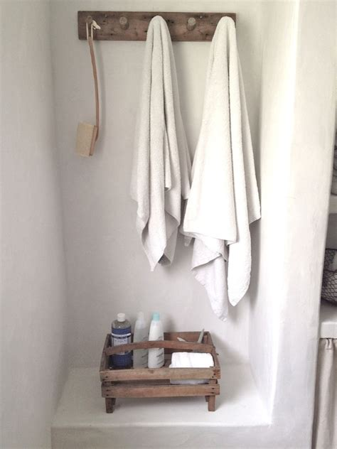 Bathroom Towel Hook by A Few New Additions To Our Oxnard Bathroom And Some Questions Answered Velvet Linen
