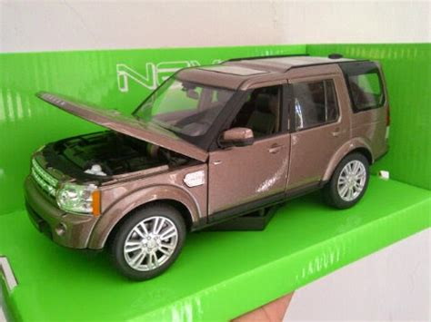 Diecast Miniatur Mobil Land Rover Discovery 4 Diecast Welly Nex Murah diecast miniatur mobil land rover discovery 4 skala 1 24