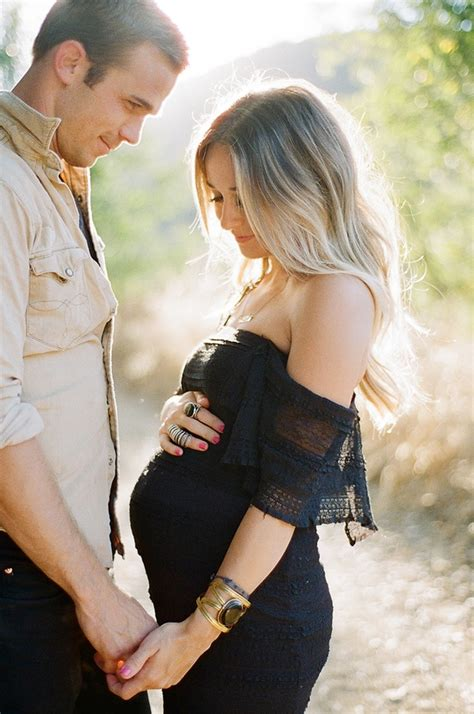themes for maternity pictures amazing maternity photography ideas and poses