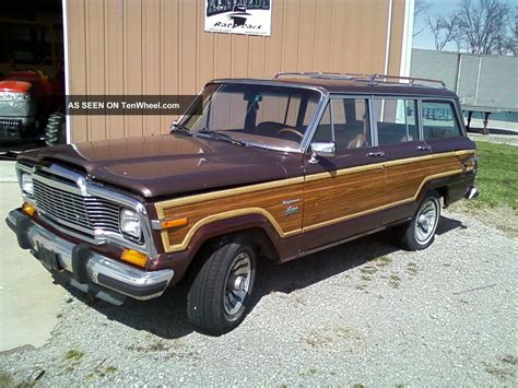 jeep wagoneer interior 1983 jeep grand wagoneer limited 4x4 interior