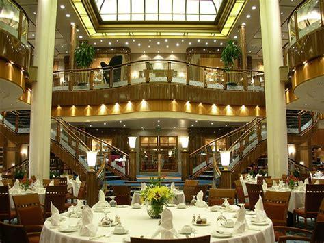 Britannia Dining Room Qm2 Cunard Qm2 Brittania Restaurant Flickr Photo
