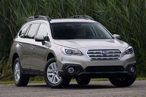 subaru minivan 2015 2015 subaru outback review photo gallery autoblog