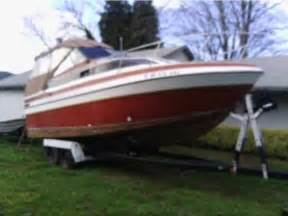 Cabin Cruiser For Sale by 1975 Reinell Cabin Cruiser Powerboat For Sale In Oregon
