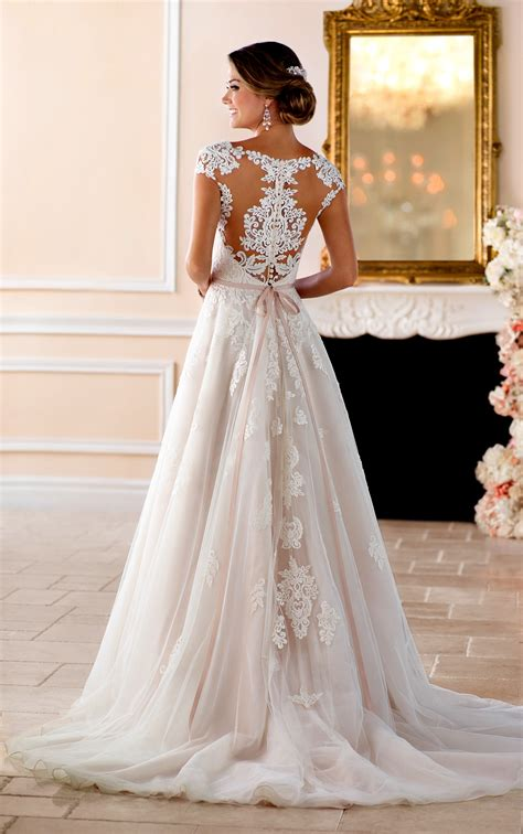 Wedding Dresses With Cap Sleeves by Cap Sleeve Wedding Dress With Cameo Back Style