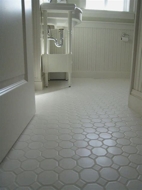 non slip bathroom flooring ideas 25 best ideas about non slip floor tiles on