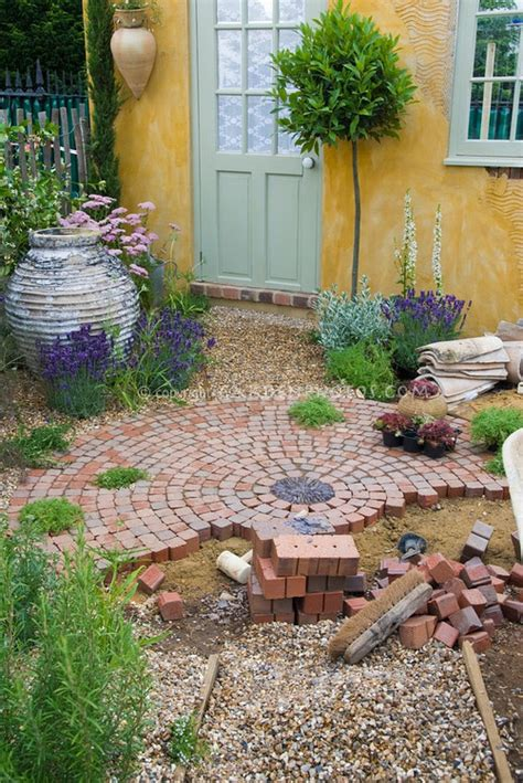 Building A Brick Patio by Add Curb Appeal To Your Home With This Diy Circular Brick