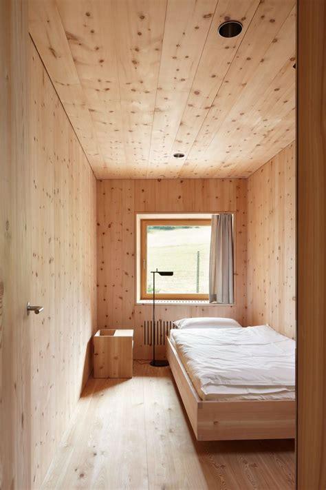 schichtprinzip holzverkleidung architekten und schlafzimmer