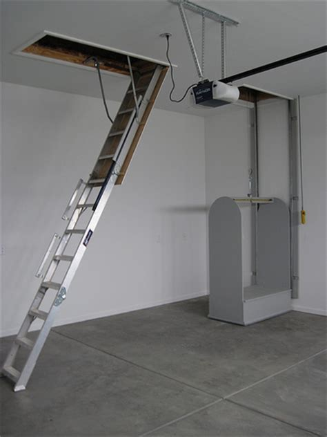 pull down stairs and attic lift the lift is 44 quot x 24