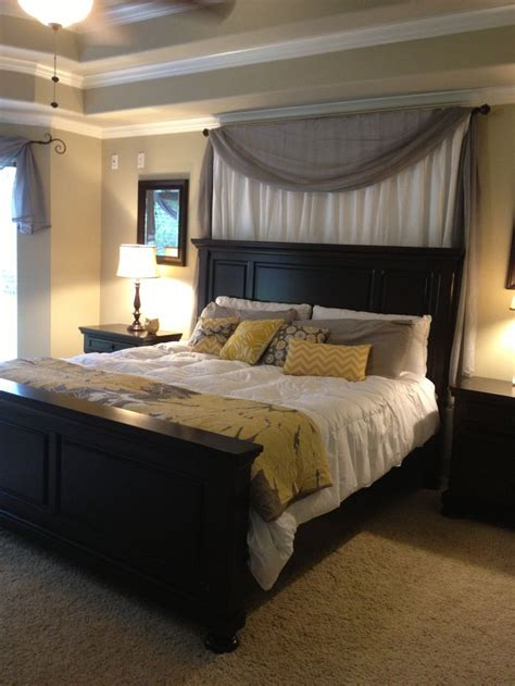 bedrooms with black furniture best 25 yellow master bedroom ideas on pinterest yellow