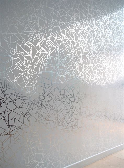 Wallpaper Uk 45cmx10m Silver Leaf hibiscus leaf wallpaper