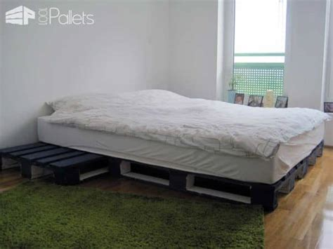 Creative Bed Frames 62 Creative Recycled Pallet Beds You Ll Never Want To