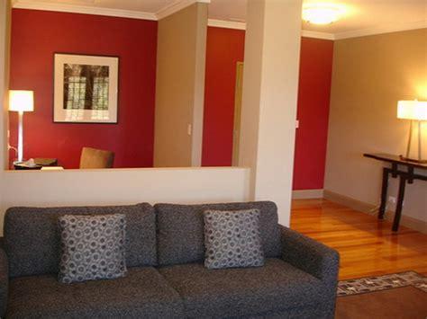 Rotes Wohnzimmer by Rotes Wohnzimmer