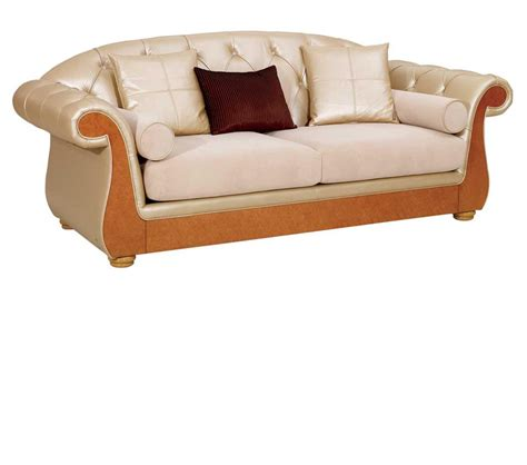 leather look sofas dreamfurniture com regency style beige leather sofa